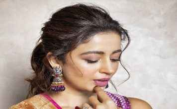 neha pendse share her traditional look photoshoot on instagram