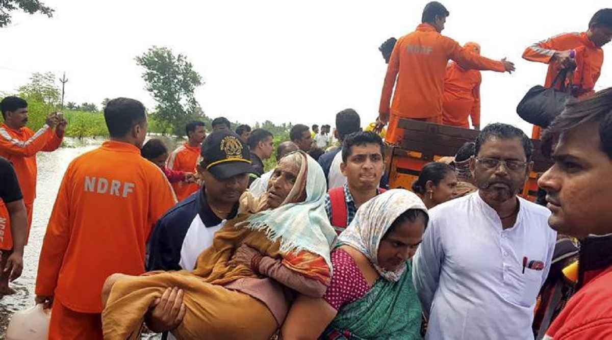 5 lakh 60 thousand life save from flood