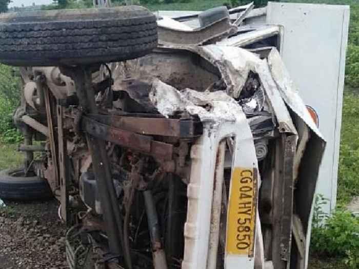 5 Injured In Car Accident at shegav