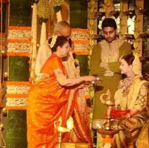 aishwarya-abhishek-babyshower- 2