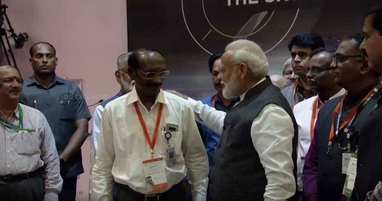 pm modi encouraging comments for Isro scientists