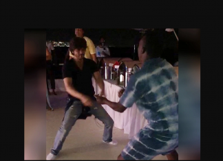 shah rukh khan crazy lungi dance with dwayne bravo