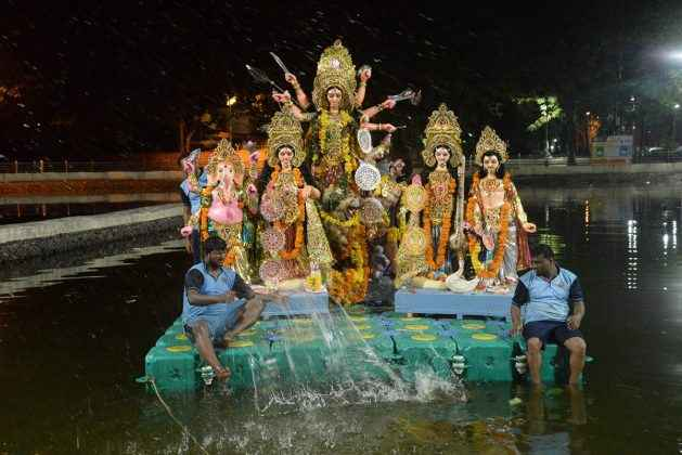 devi idol immersion in jagrateshwar lake at vashi