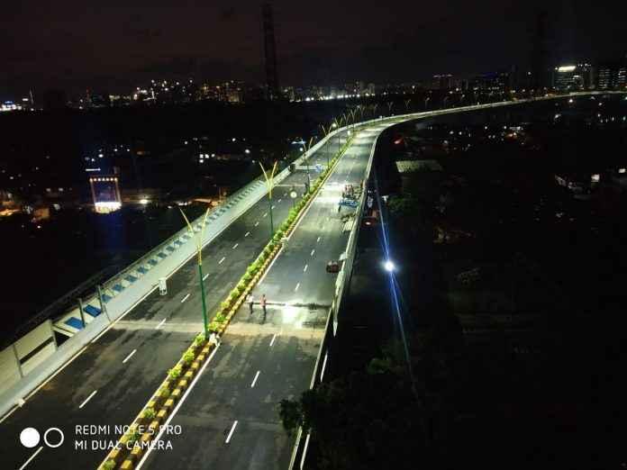 chunabhatti bkc flyover bridge in mumbai to be open for transportation
