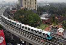 delay in pune metro work