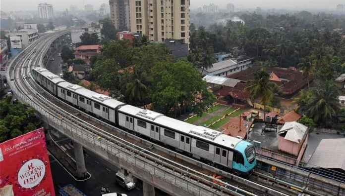 delay in pune metro work
