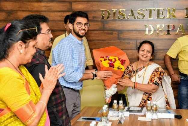 cm uddhav thackeray visit to bmc head office