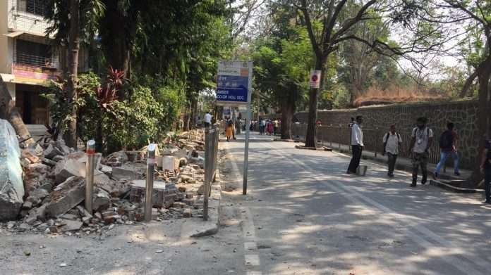 mumbai municipal corporation action on encroachment in the city
