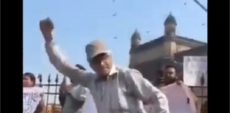 uncle dance on azadi chants during mumbai protest over jnu attack video viral