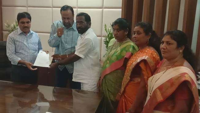 new mumbai four bjp corporators resign