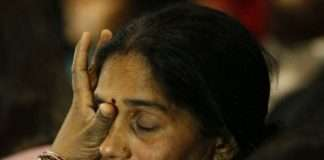 nirbhaya case nirbhayas mother cried during the hearing