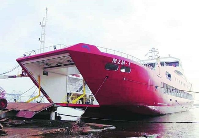 mumbai to alibaug ro ro vessel arrives in gateway of india service begin from 1st march