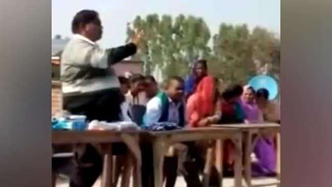 Put ₹100 In Your Answer Sheets, UP School Principal Advice To Students