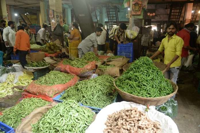 vegetables price hike in mumbai, housewifes budget spoiled