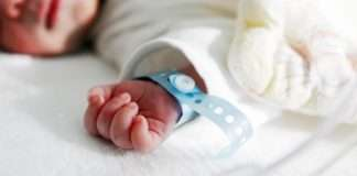 corona positive pregnant woman on ventilator has given birth to baby in ujrat surat hospitalboth are qurantine