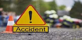 shivpuri accident pickup van overturned 10 Dead