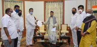 maha vikas aghadhi leaders meet governor