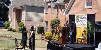 dad builds stage in driveway host graduation ceremony for daughter