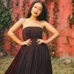 bollywood singer neha kakkar share very stunning photos on instagram
