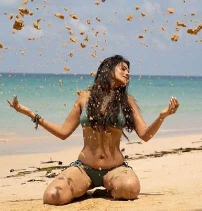 megha gupta shares hot pictures social media