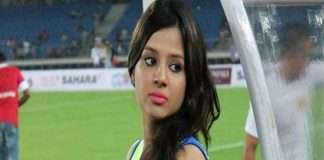 sakshi dhoni says that ms dhoni aka mahi with long hair and orange colour on top of that was like a disaster