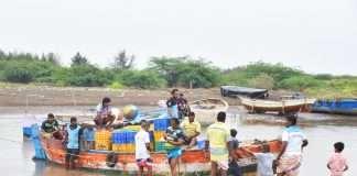 Cyclone Nisarga Mumbai 4 boat sea
