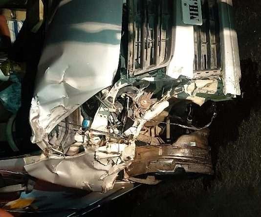Two-wheeler-four-wheeler accident at Sansari Naka; police injured