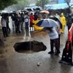 Road badly damaged in Thane 2