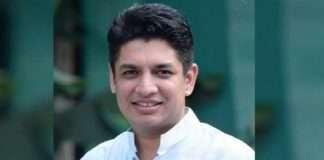youth congress leader satyajeet tambe expressed his displeasure for mahajobs scheme