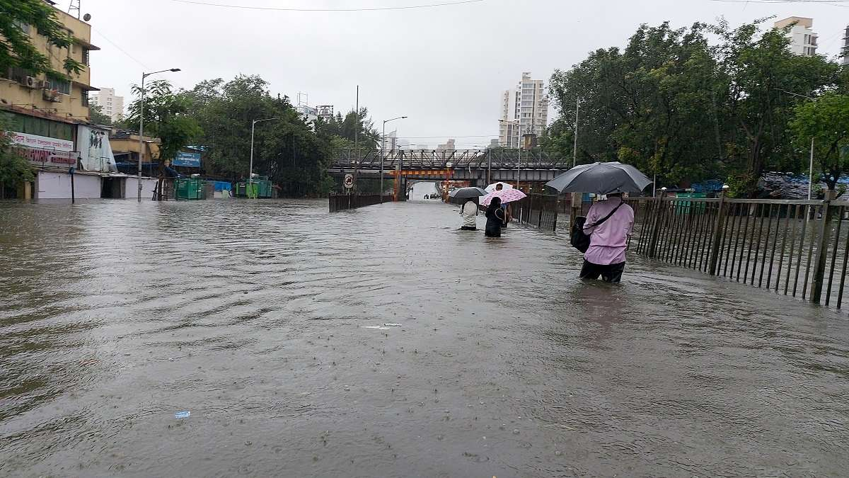mumbai heavy rain alert for two days citizens should be alert bmc appeal