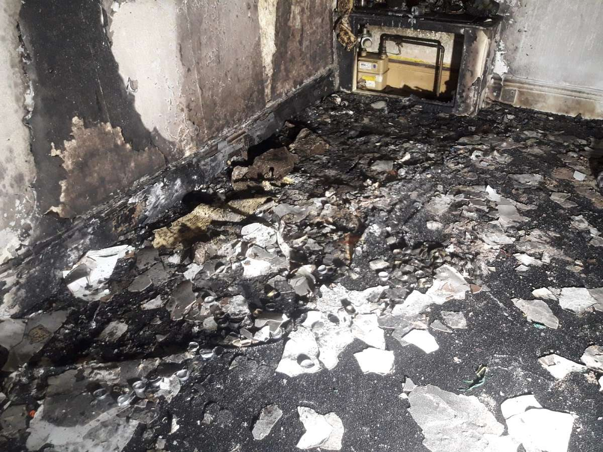 boyfriend accidentally burns down his flat while proposing to girlfriend for marriage