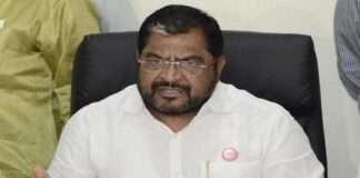 Swabhimani Shetkari Sanghatana leader Raju Shetty