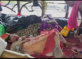 Thane Satis bridge women give birth baby girl