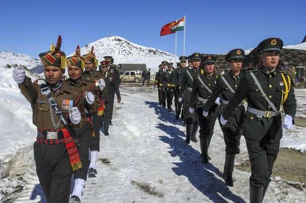 china and indian soldier
