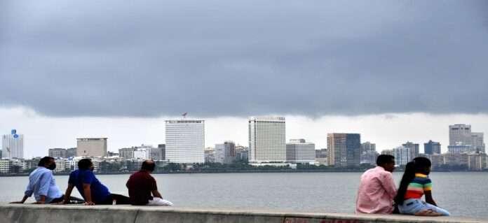 Mumbai clouds