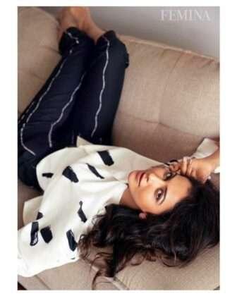Rakul then made an entry in Bollywood through Yari. In 2018, she appeared in the lead role in Siddharth Malhotra's Ayyari. She then appeared in Ajay Devgn's De De Pyaar De.