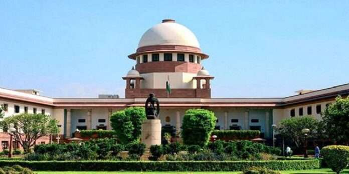 supreme court says no body can hold public place in capture for long time for protest