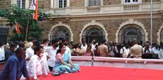 Supriya Sule sat on the stage and watched Khadse's party entry program