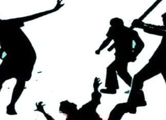deoria father beaten death due to daughter molestation complain