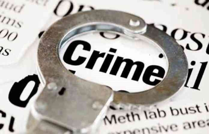 woman was cheated to the given promice of mhada house