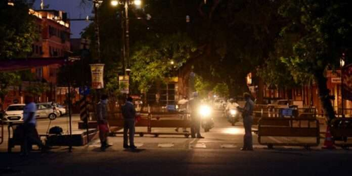 corona cases increased in Ahmedabad curfew will imposed