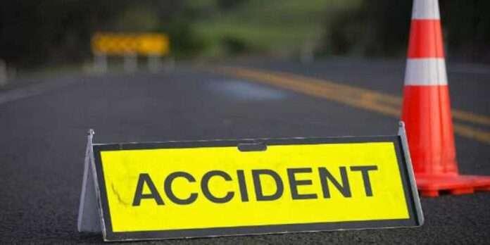satara vashi mini bus fall of river bridge accident five dead