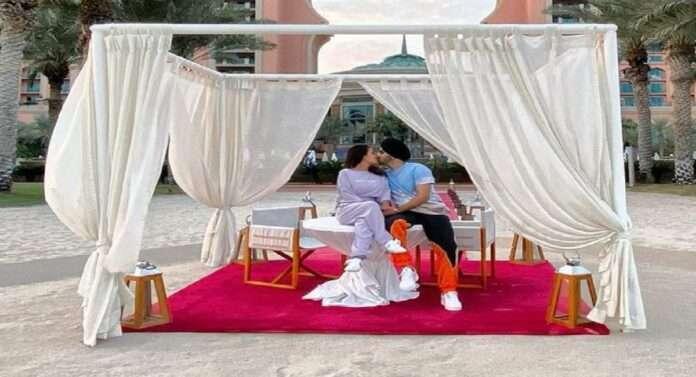 entertainment bollywood in pics neha kakkar rohanpreet singh lip lock photos viral on social media