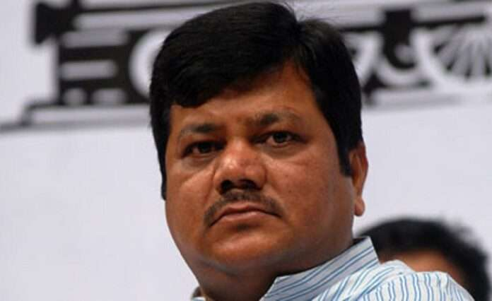 Praveen Darekar raised questions on the task force of the state government