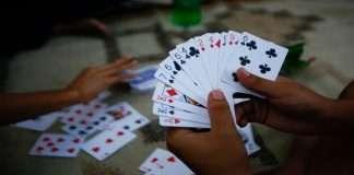 Kolhapur Police raid women's gambling gang, seize goods worth Rs 38,000