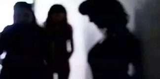 Police expose sex racket by sitting fake customer in Juhu Mumbai