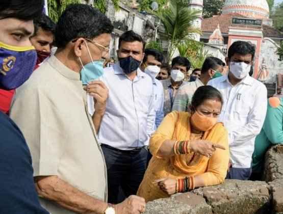 Notice to the contractor polluting Banganga