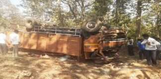 truck accident in chandrapur 4 death and 20 injured