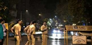 Mumbai Police all out operation till late at night