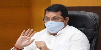 Thackeray government's decision to help 10,000 cash and 5 thousand rupees foodgrains for flood victims
